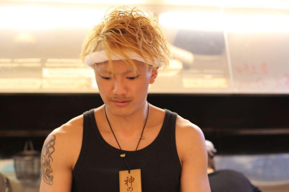 yankii_ramen_blonde